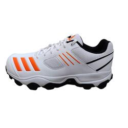 Best cricket shoes for fast bowlers in India 10