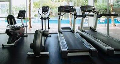 difference between a treadmill and a cycle